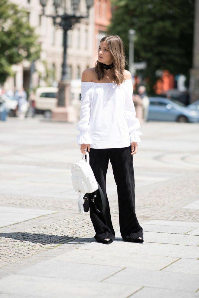 image4-109   8 стильных образов с черными брюками: модные тенденции весны 2018