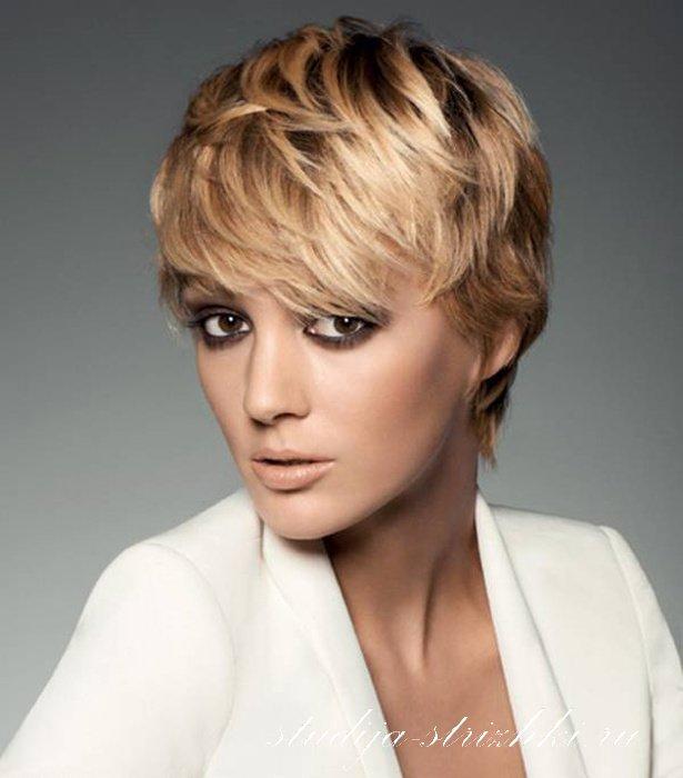 image61-1 | Модные женские стрижки на короткие волосы: основные правила и варианты исполнения