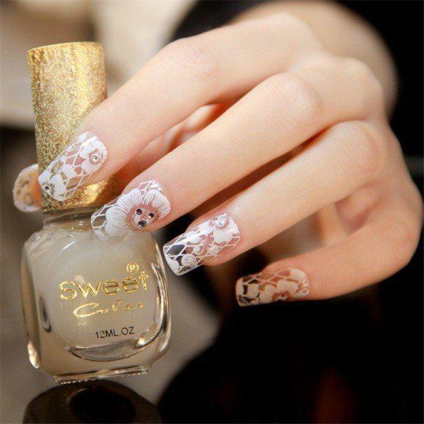 embellished-nails-11 | Тренды маникюра: маникюр с украшениями