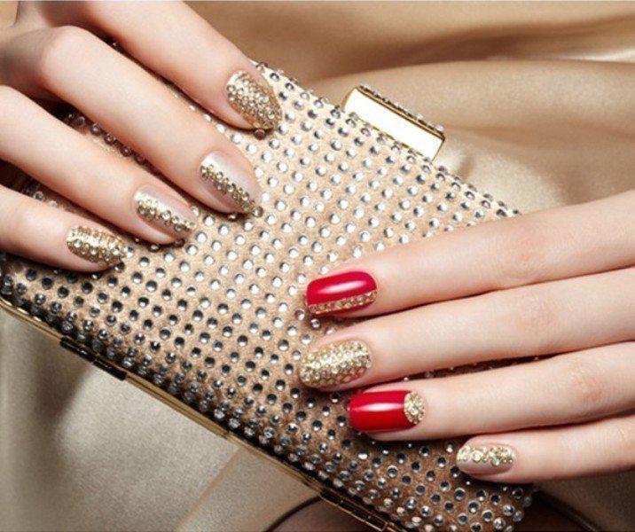 embellished-nails-5 | Тренды маникюра: маникюр с украшениями
