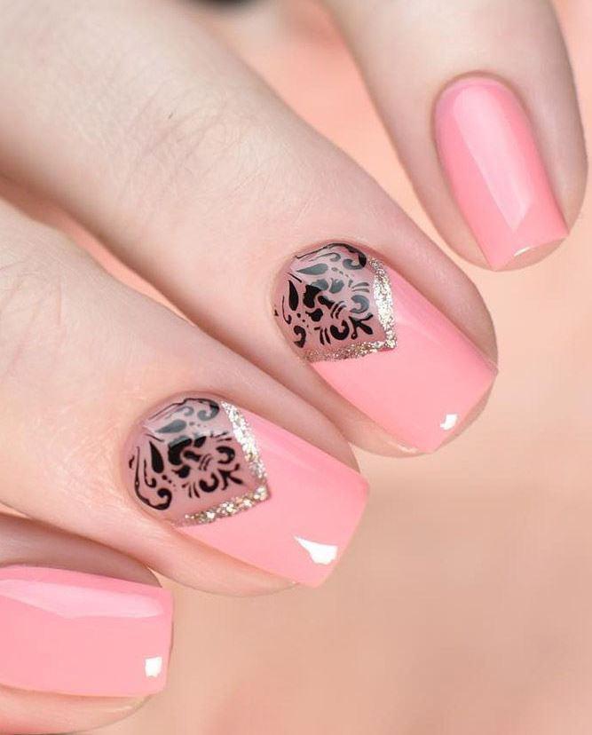 image23-18   36 вариантов стильного маникюра в модном розовом цвете «Дитя заката»
