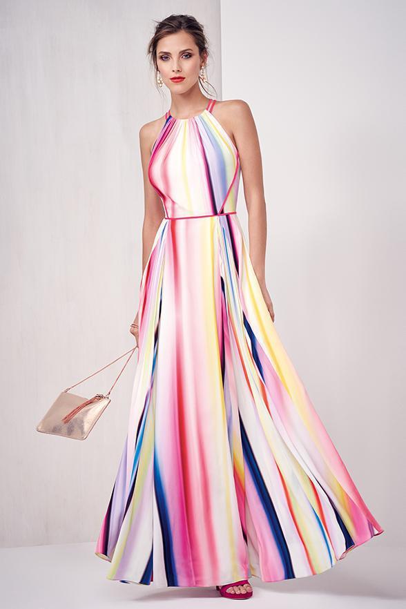 maxi-dress-women-summer-outfit | 10 прекрасных идей нарядов весны и лета 2018
