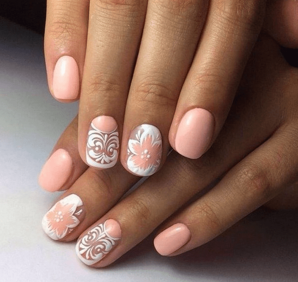 image14-2   Стильный маникюр на короткие ногти