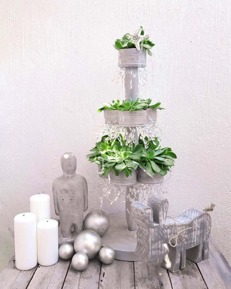 image23-1   Рождественские и Новогодние украшения из втросырья своими руками