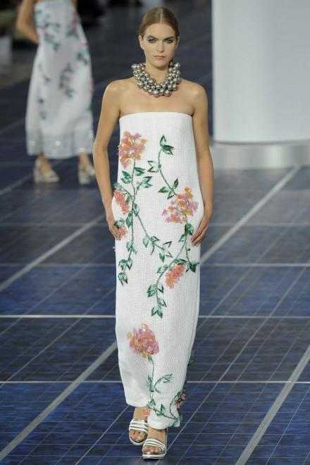 image4-10 | Летние платья с цветочным принтом: тренды 2019 года от известных домов моды