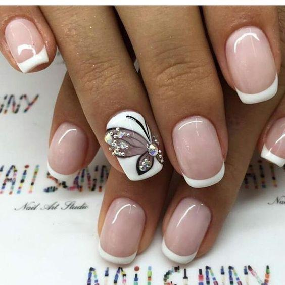image7-29 | Идеи маникюра с бабочками на короткие ногти