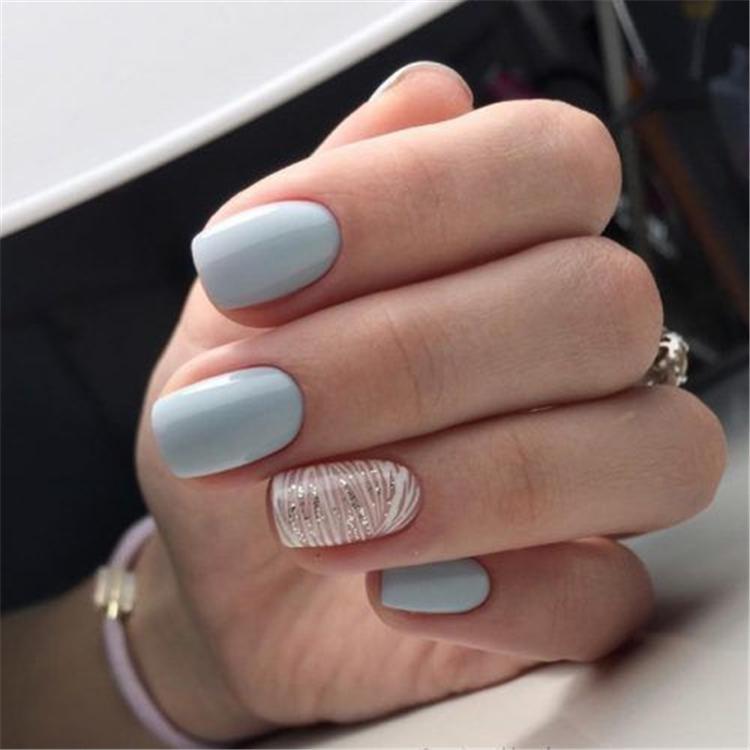image12-5 | Нежно-голубой маникюр на короткие квадратные ногти