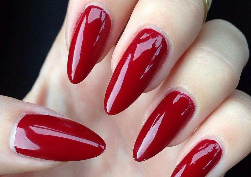 image13-32   Лучшие идеи красного маникюра на ногти любой длины