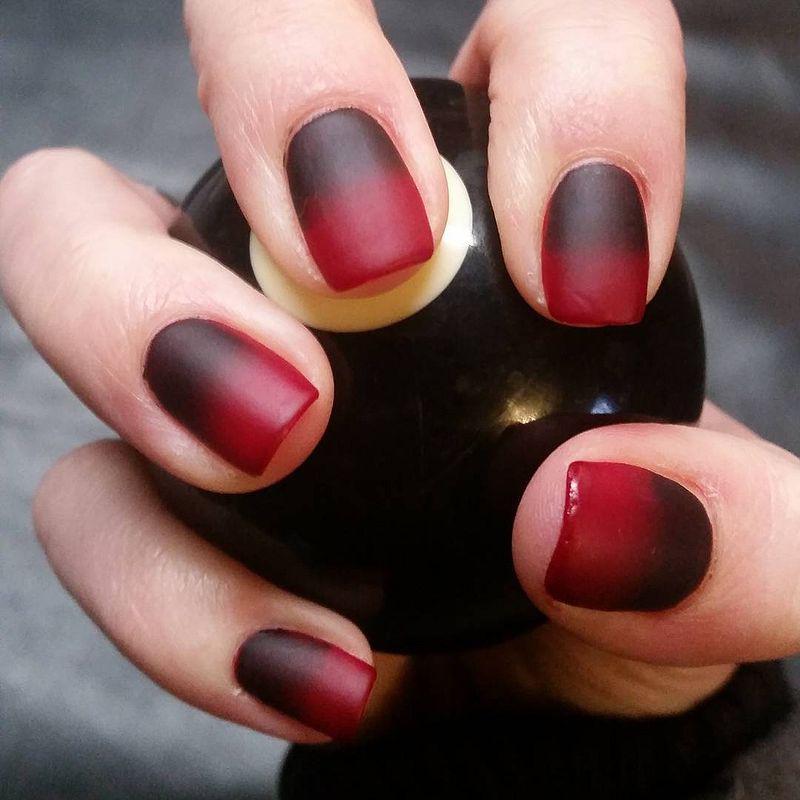 image22-27   Лучшие идеи красного маникюра на ногти любой длины