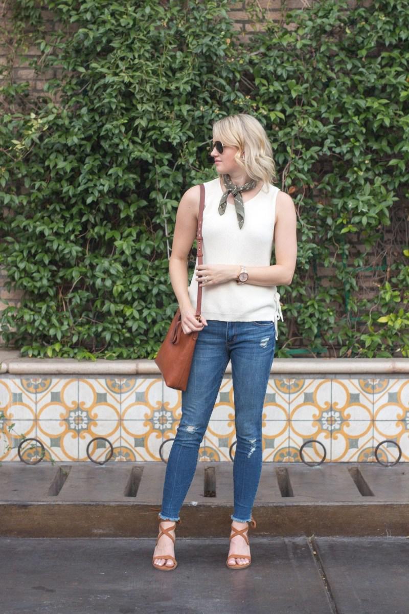 image36-6 | Как носить джинсы этой весной — 39 образов с фото
