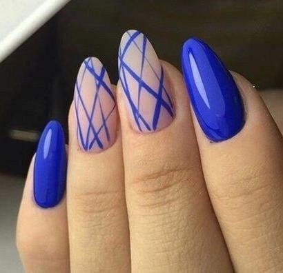 image19-6 | 37 идей синего маникюра на ногти разной формы и длины — найди лучшее решение