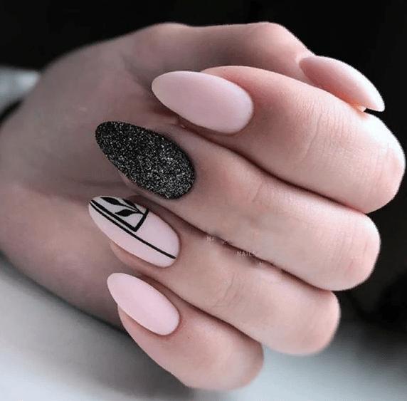 image35-4 | 38 идей матового маникюра на миндалевидные ногти