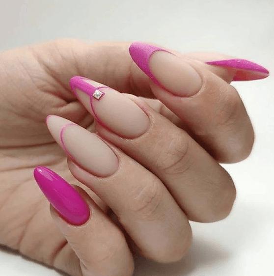 image36-3 | 38 идей матового маникюра на миндалевидные ногти