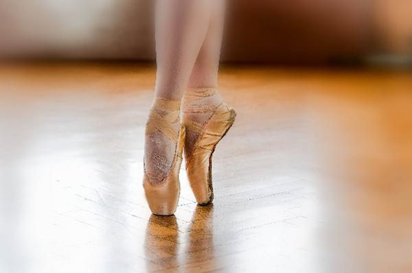 お金がないのでバレエに通わせられない