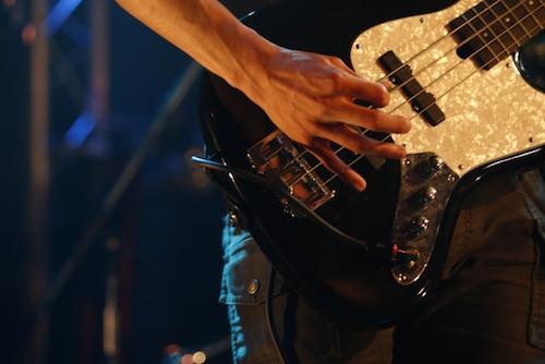 せっかく高いお金を払って買ったギターは、楽器専門サイトで売ろう!