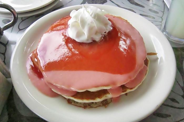 シナモンズのグァバシフォンケーキ