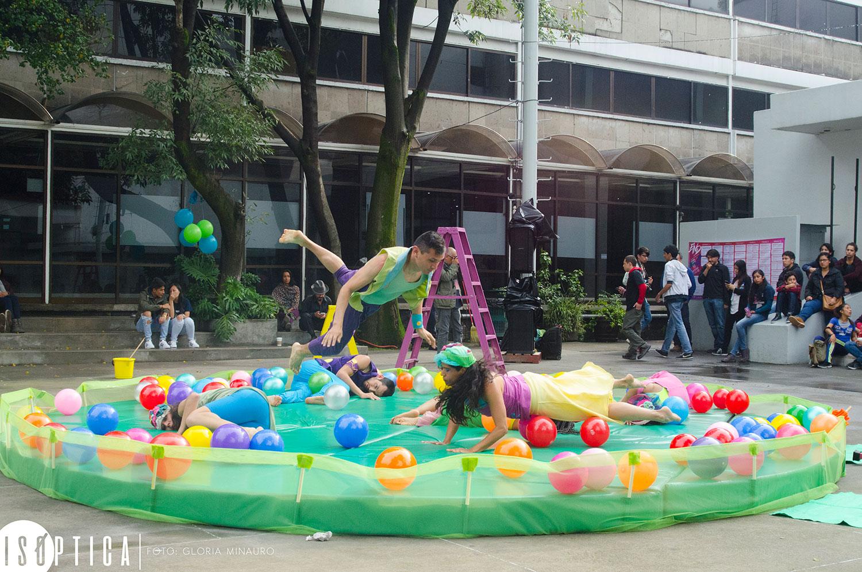 end-2016-la-bola-coreografia-irene-martinez-grupo-mandinga-plaza-angel-salas-ccb-fotografia-gloria-minauro_2094p