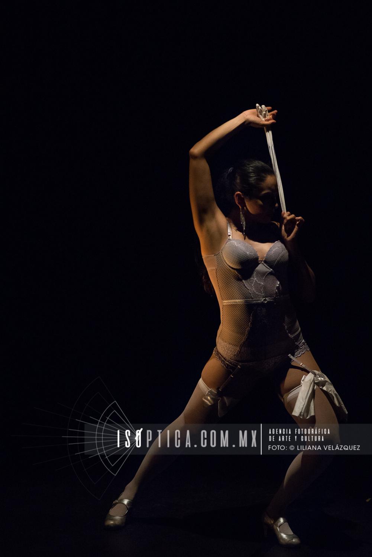 Bají Suncai, danza flamenca