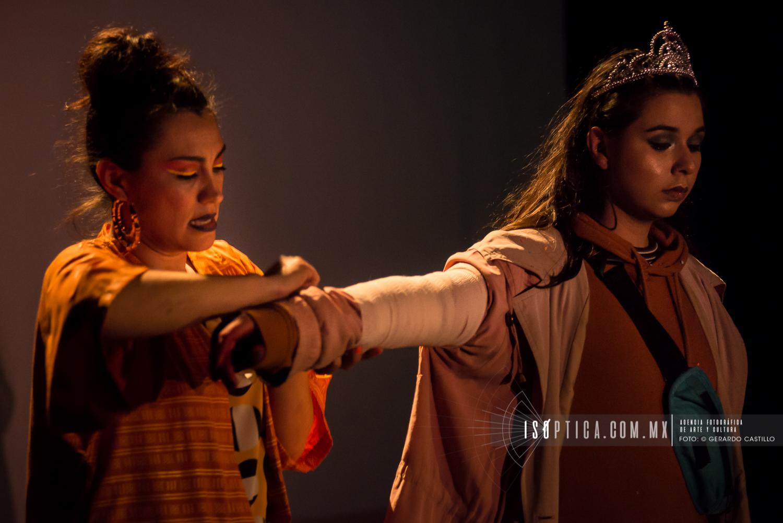 """Presenta la compañía de Teatro Mexicano la puesta en escena """"C"""