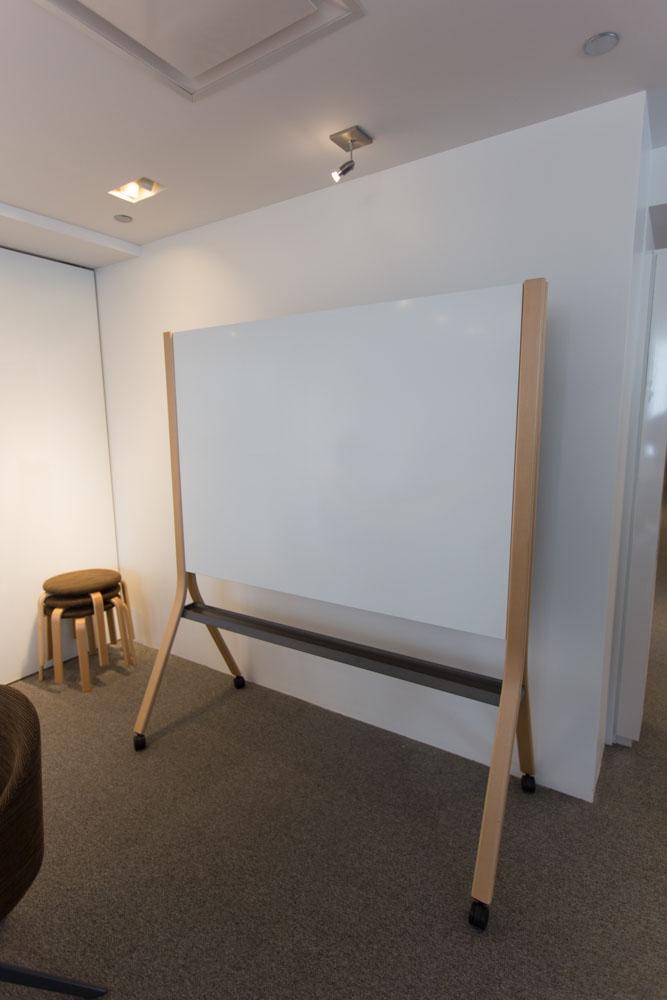 NeoCon 2016 Teknion Showroom Tour ISpace Environments