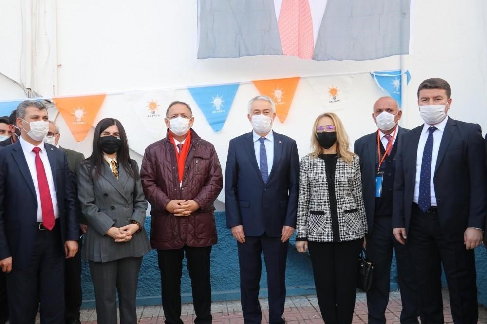 """AK Parti Genel Başkan Yardımcısı Özhaseki: """"Şükrü başkan Türkiye'de örnek gösterdiğimiz bir belediye başkanı"""""""