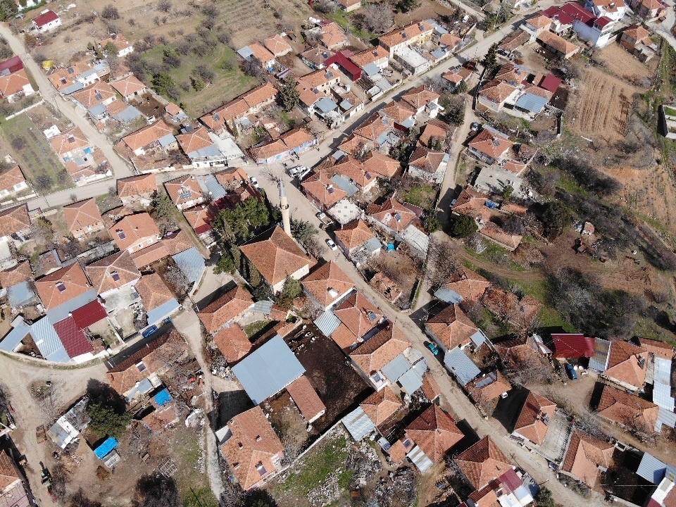 Lavanta kokulu 261 nüfuslu köyde Covid-19 vakası görülmedi