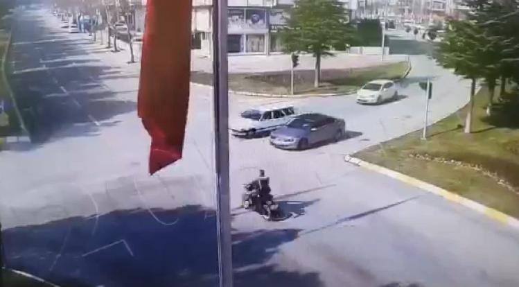 Kazada ağır yaralanan polis memurundan acı haber