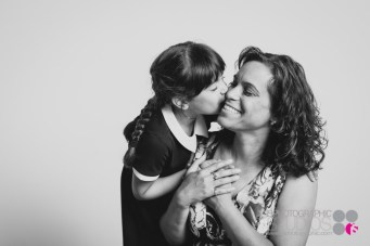 Mother-Daughter-Portrait-Photography-005