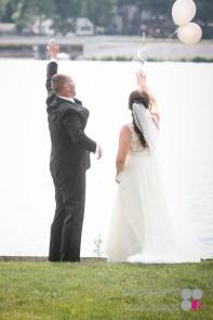 Outdoor-Lake-Wedding-Photography-021