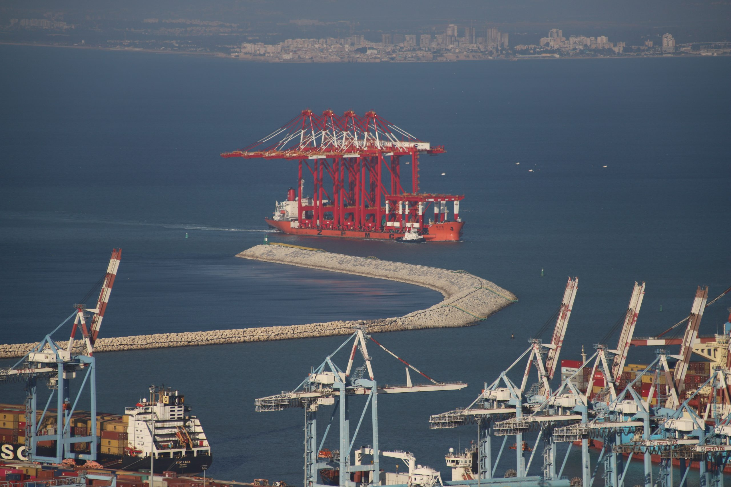 Another batch of ZPMC cranes arrives to Chinese-owned port in Haifa Bay