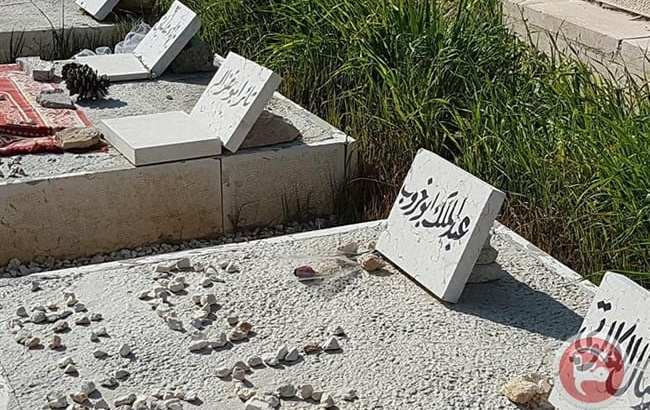 Israeli forces raid East Jerusalem cemetery, destroy tombstones of slain Palestinians