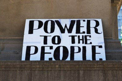 ejecutar human media - power to the people