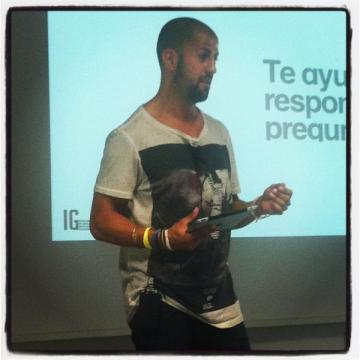 cómo vender social media - Isra García - Human Media