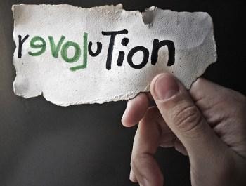 montar una revolución