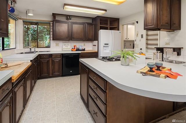 clyde hill kitchen