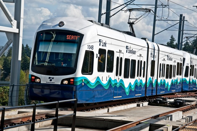 Seattle and Honolulu Move up the Ranks of the Best Cities for Public Transit in 2018