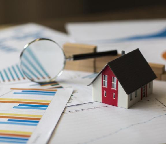 Mortgage Interest Rates Break Records And Fall To The Lowest Levels Ever Recorded