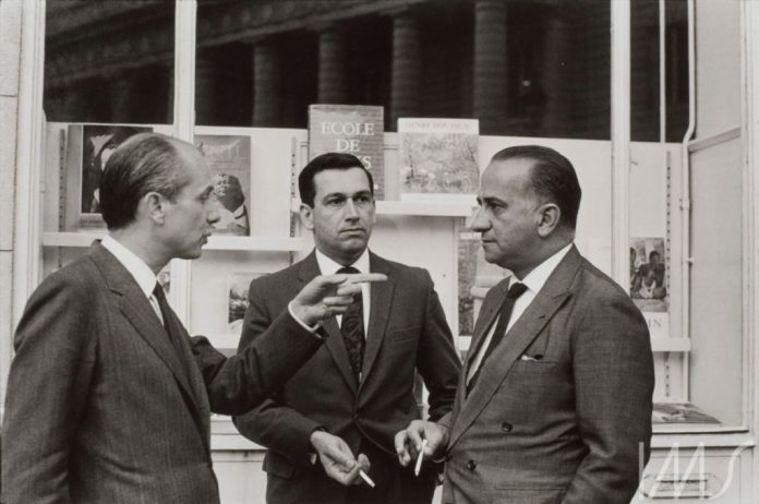 Antonio Candido, Fernando Sabino e Otto Lara Resende. Paris, 1965. Foto de Alécio de Andrade pertencente ao acervo do Instituto Moreira Salles.