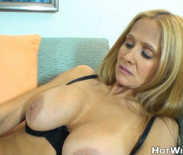 Ashley Tisdale Sex Video Info Filename May12wk1bonus Clip3hd Wmv Runtime  S File Size 346 Mb Resolution 1280x720