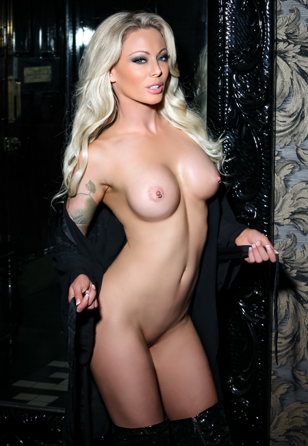 73623061fb4b19e31f01f79b316209e7 - Isabelle Deltore, IsabelleD - Pack 75 Videos (2016 - 2018)