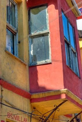 Old fabric houses of Balat, Balat 'ın eski evleri, Balat-İstanbul, pentax k10d, by ozgur ozkok