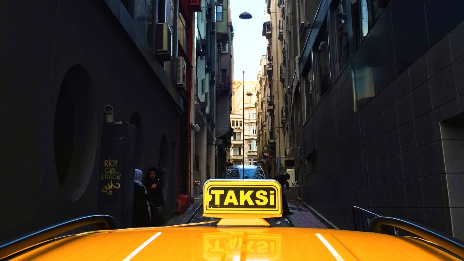 How to Get a Taxi in Istanbul