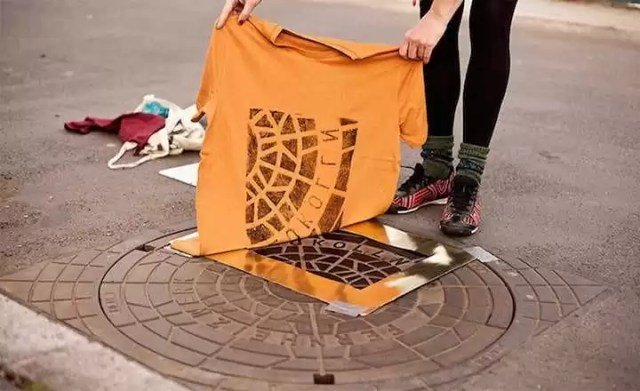 A t-shirt brand creating prints on the street