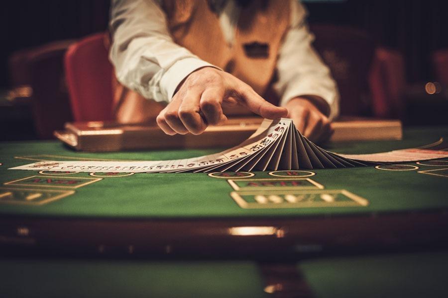 Jeu de cartes dans casino