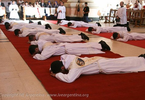 ordenazione-sacerdotale