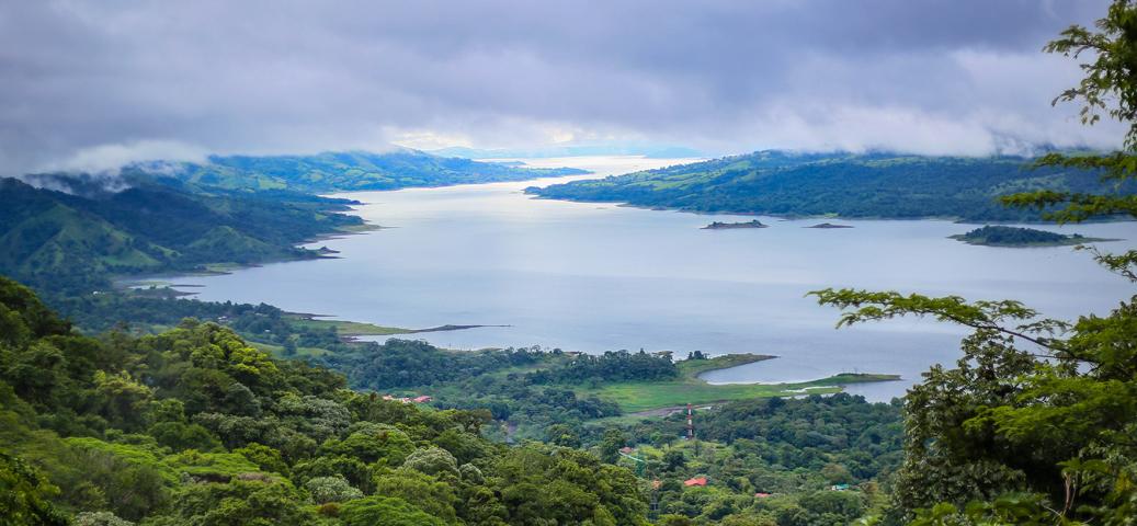 Costa Rica. Encanto entre el mar y los volcanes