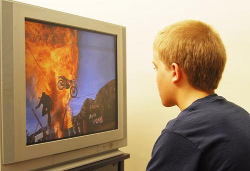 τηλεόραση βία