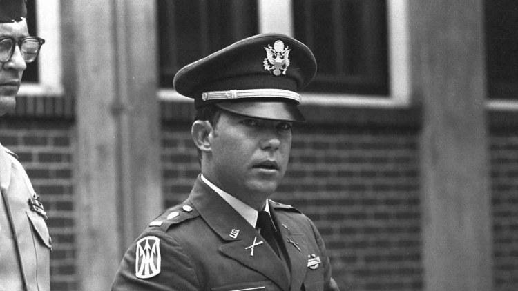 Il tenente William Calley nel 1971