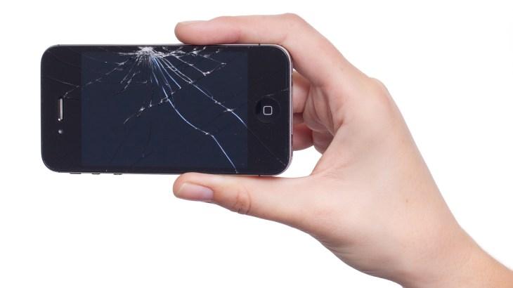 「問題が発生したので、android.process.acoreを終了します」で電話が開かないエラーを一瞬で改善する方法