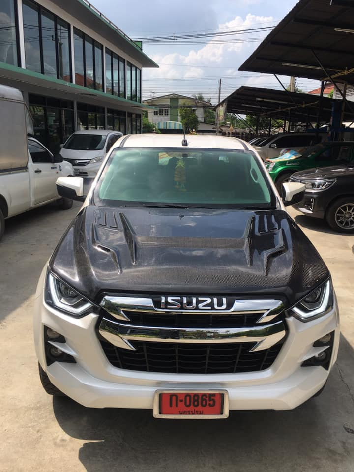 all new isuzu dmax tanutong carbon 05